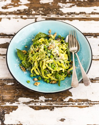 Zucchini Noodles with Avocado Pesto