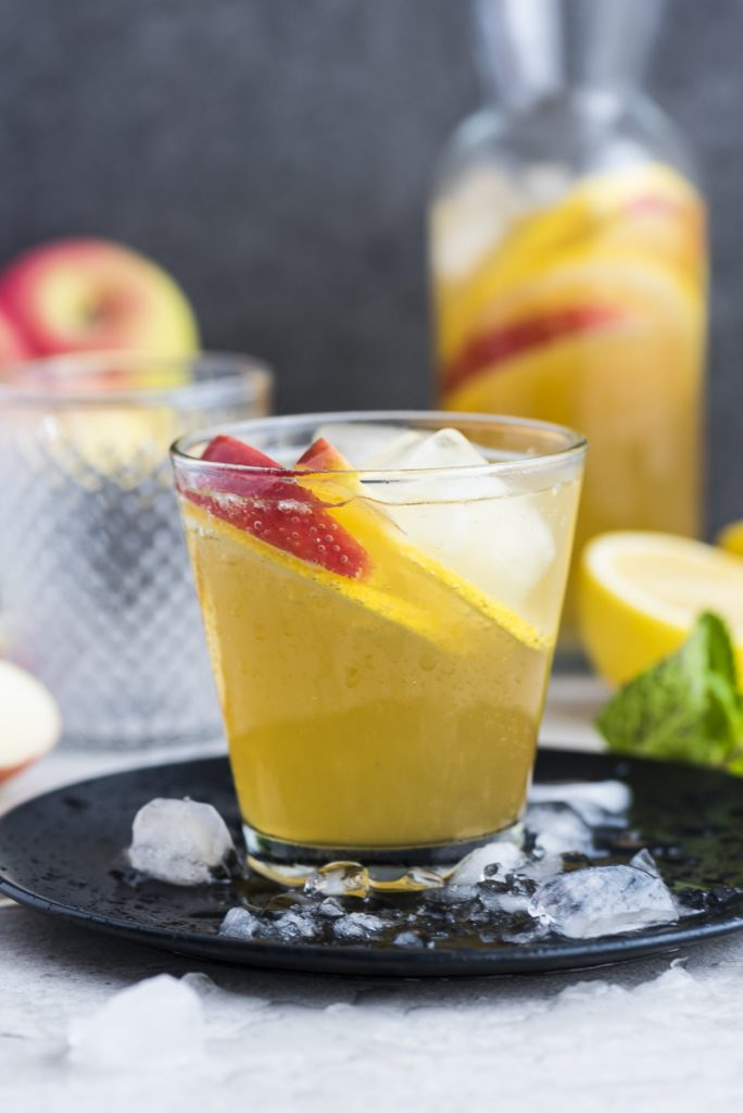 Apple Ginger and Lemon Spritzer