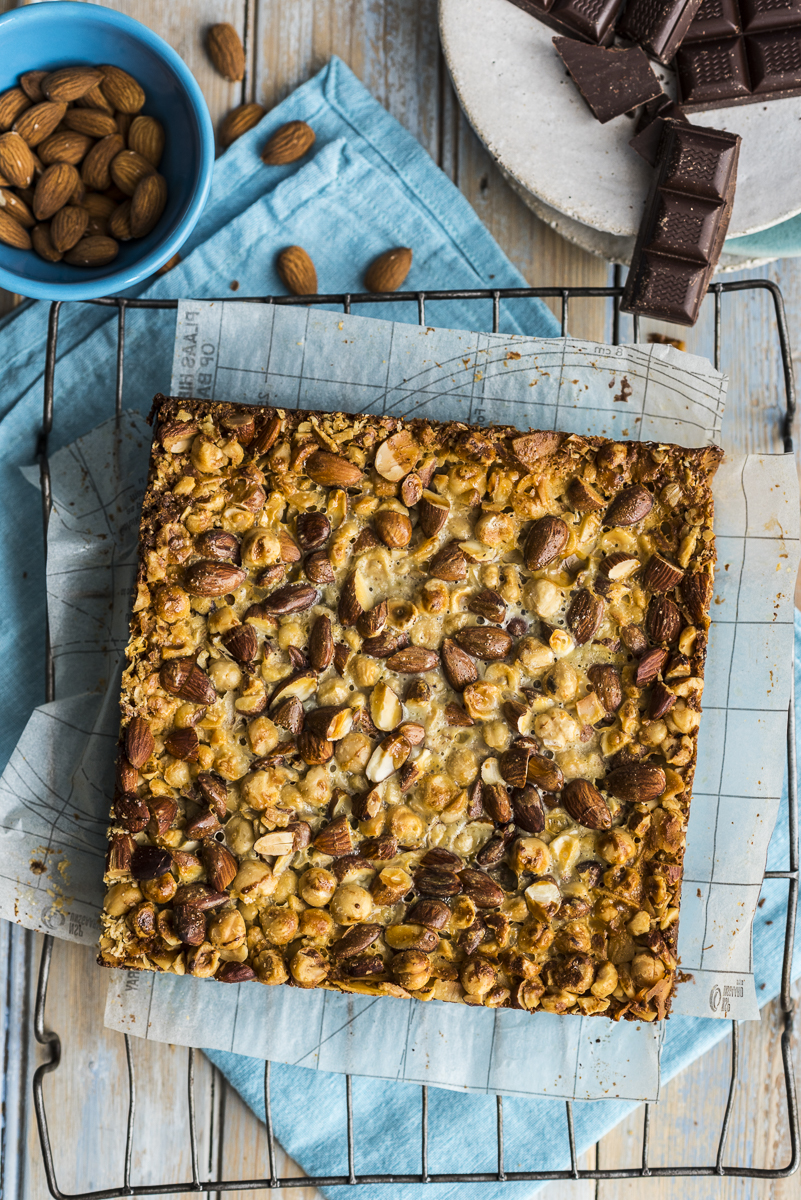 Four Step Chocolate and Nut Bars
