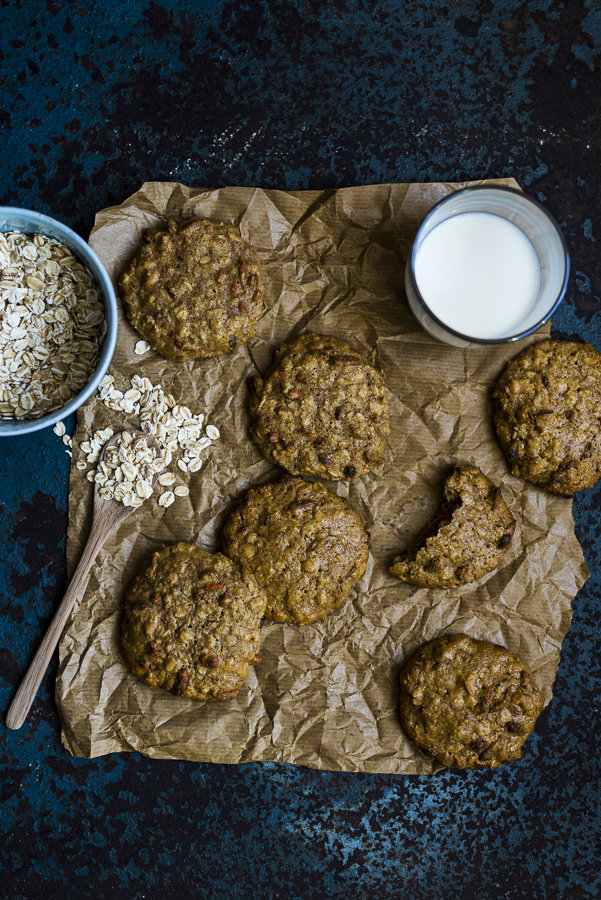 Soft Olive Oil and Oatmeal Cookies