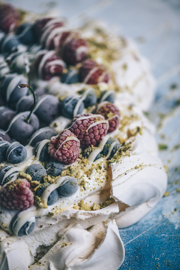 Frozen Berry Pavlova