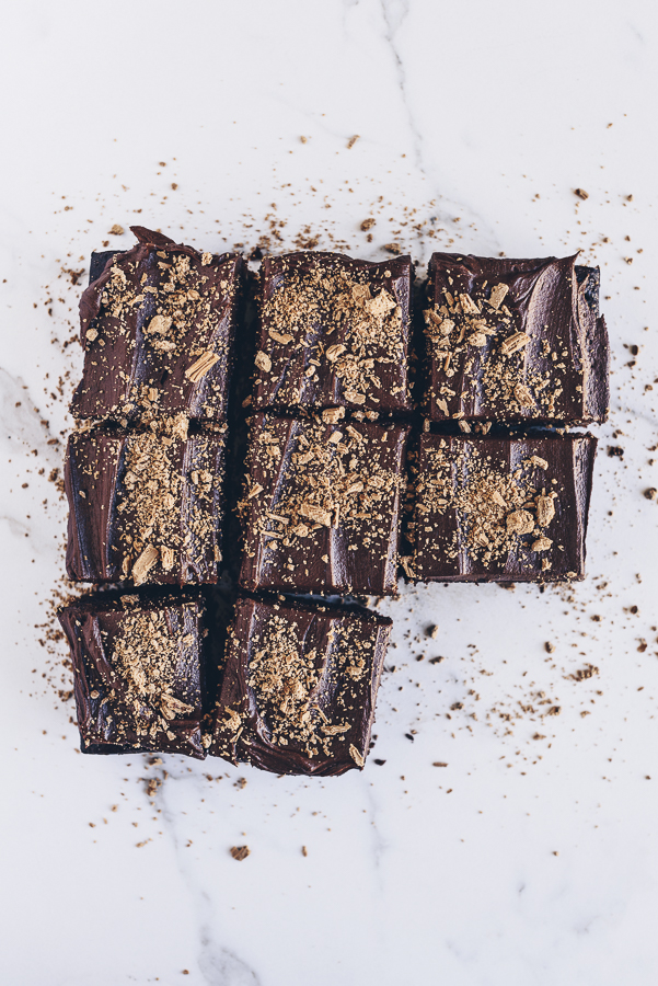 Peanut Crusted Chocolate Cake