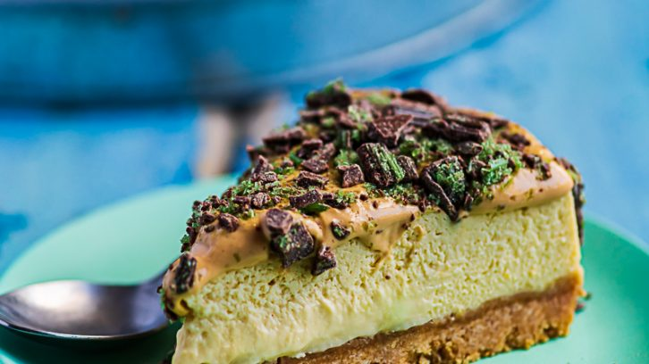 Peppermint Crisp Cheesecake