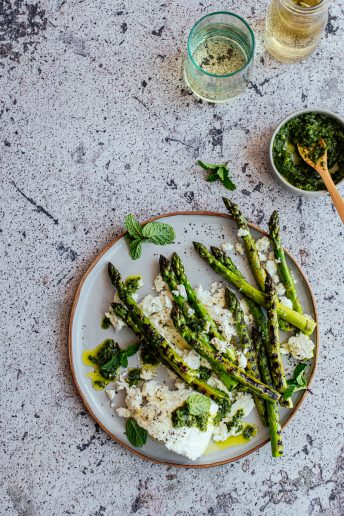 Grilled Asparagus and Ricotta Salad