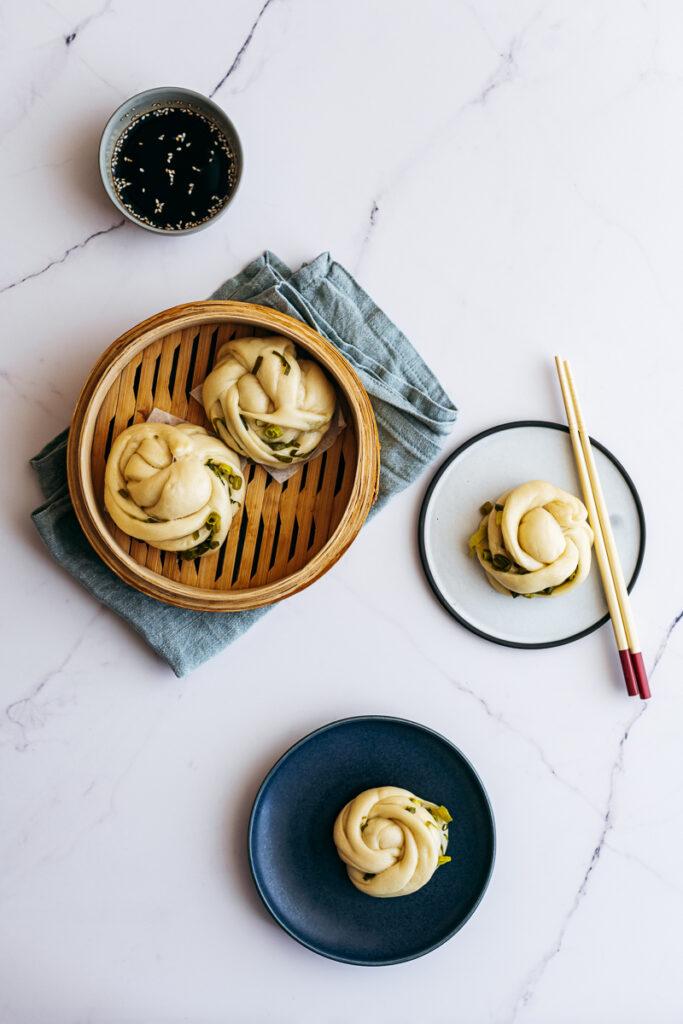 Steamed Spring Onion Flower Buns (Hua Juan)